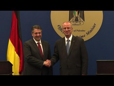 مصر اليوم - شاهد وزير الخارجية الألماني يلتقي رئيس الحكومة الفلسطيني في رام الله