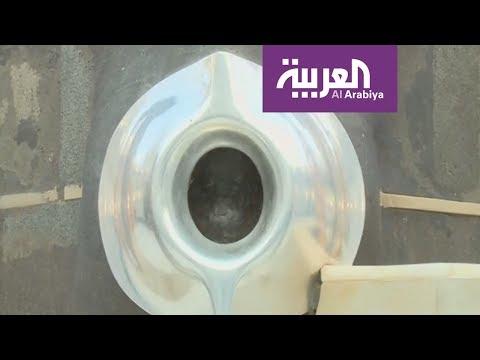مصر اليوم - شاهد صيانة الحجر الأسود وتنظيفه وتطييبه