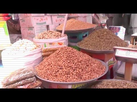 مصر اليوم - شاهد تدهور الأزمة الاقتصادية في كابول