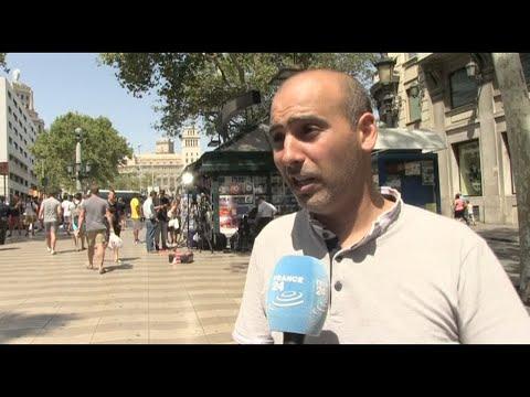 مصر اليوم - شاهد بلجيكي من أصول مغربية يأتي من بروكسل ليتضامن مع ضحايا هجوم برشلونة