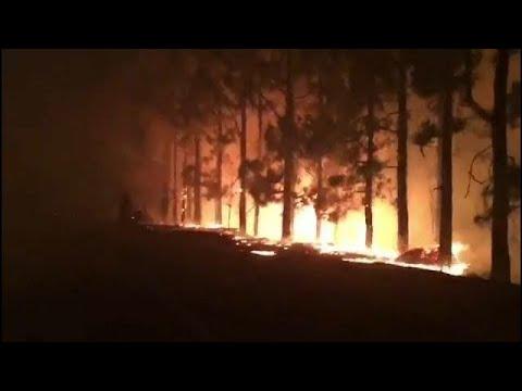 مصر اليوم - شاهد حريق هائل داخل جزيرة غران كناريا في جزر الكناري
