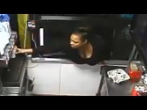 شاهد امرأة تسطو على مطعم ماكدونالد في ولاية ميريلاند