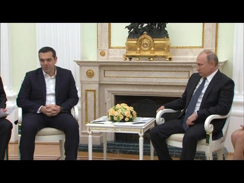 شاهد الرئيس اليوناني يعرب عن قلقه  من مشتريات  تركيا للأسلحة الروسية