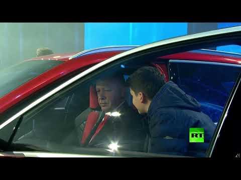 شاهد رجب أردوغان يُدشن أوّل نموذجين للسيارة الكهربائية محليّة الصّنع