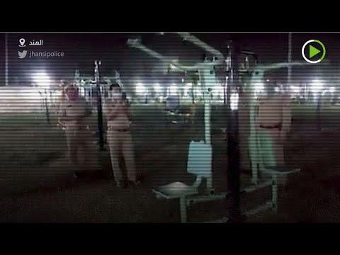 شاهد شخص يُحاول بث الذعر بين سكان مدينة أوتار برادش الهندية