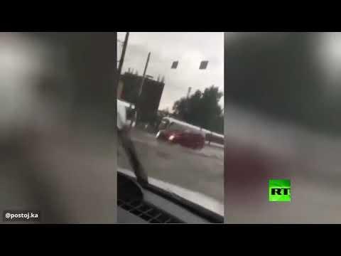 شاهد شوارع العاصمة الروسية مغمورة بعد أمطار غزيرة