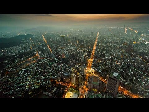 running up taipei 101
