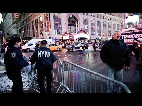 thousands of police on patrol in nyc