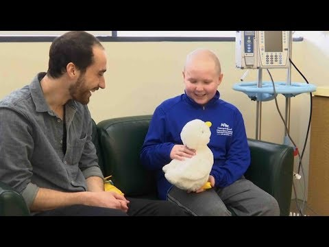 helps kids with cancer via power of play