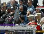 مصر اليوم - شاهد السيسي يبعد كاميرا التلفزيون المصري