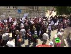 مصر اليوم - شاهد الاحتفالات في القدس بعد إزالة الحواجز من أبواب الأقصى