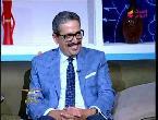 مصر اليوم - شاهد مذيعة تقبل ضيفها على الهواء مباشرة
