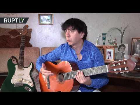 مصر اليوم - شاهد أسرع عازف جيتار في العالم
