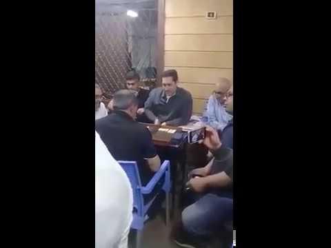 مصر اليوم - شاهد  علاء مبارك يلعب الطاولة
