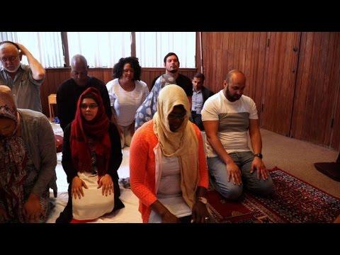 مصر اليوم - شاهد تدشين أول مسجد أميركي مختلّط قرب ولاية سان فرنسيسكو