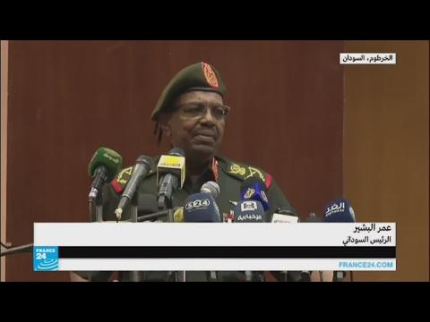 مصر اليوم - شاهد عمر البشير يعلن عن وجود مدرعات مصرية