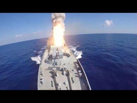 مصر اليوم - روسيا تقصف مواقع لتنظيم داعش من المتوسط