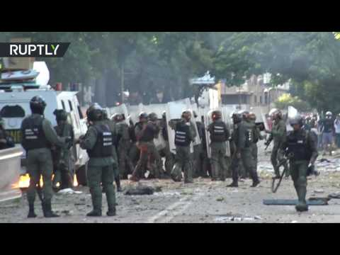 مصر اليوم - شاهد ارتفاع حصيلة قتلى الاحتجاجات في فنزويلا إلى 103 شخصًا