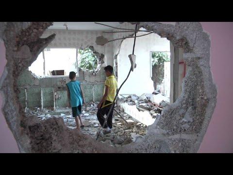 مصر اليوم - شاهد جيش الاحتلال يهدم منزلًا فلسطينيًا
