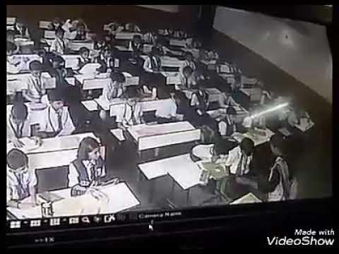 مصر اليوم - بالفيديو معلمة سادية توجه 40 صفعة إلى طالب ابتدائي