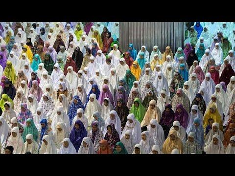 مصر اليوم - شاهد صلاوات عيد الأضحى المبارك تتعالى في جميع البلدان العربية