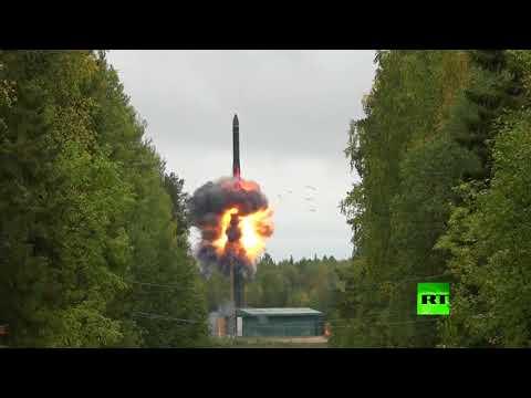 مصر اليوم - شاهد روسيا تطلق صاروخًا باليستيًا برأس متشظ عبر كامل أراضيها