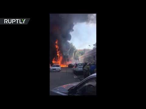 مصر اليوم - شاهد اندلاع حريق هائل في فندق في روستوف على نهر الدون