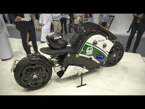مصر اليوم - شاهد شرطة دبي تستخدم دراجة باتمان النارية لإتمام مهامها