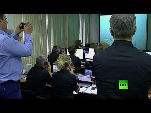 مصر اليوم - شاهد لحظة إطلاق صاروخ روسي يحمل قمرًا صناعيًا أوروبيًا