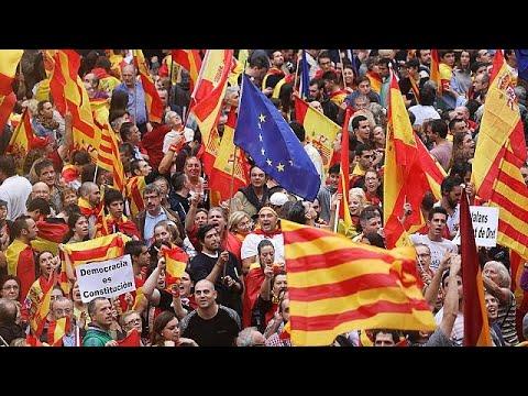 مصر اليوم - شاهد كتالونيا و5 أيام هزت إسبانيا بأكملها