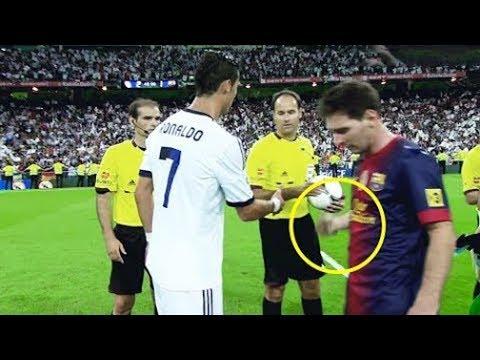 مصر اليوم - شاهد لقطات مضحكة وأخرى غير أخلاقية لمشاهير كرة القدم