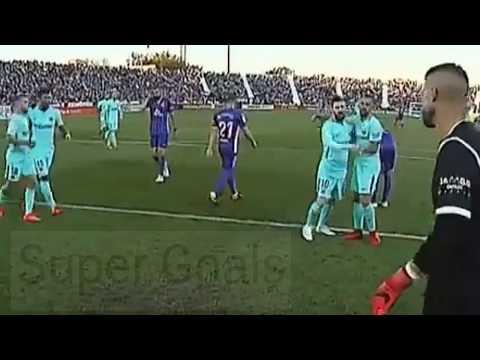 شاهد تصرف غريب من ميسي في مباراة برشلونة وليغانيس