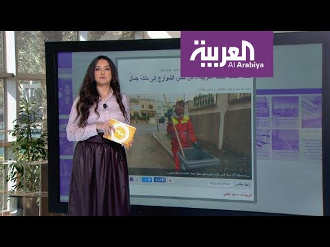 شاهد عامل مصري يحضّر النارغيلة في قطار مصري