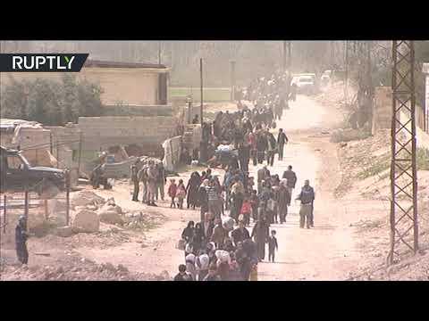شاهد خروج آلاف المدنيين من الغوطة الشرقية عبر معبر حمورية