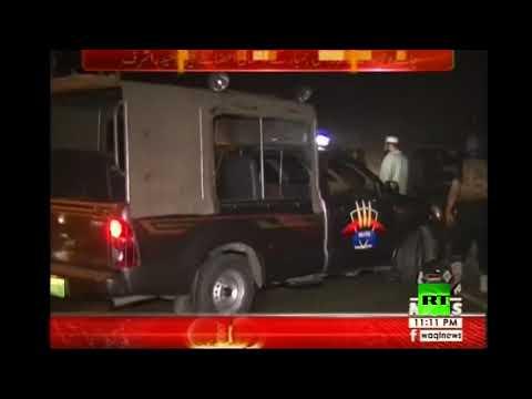 شاهد 7 قتلى جراء تفجير استهدف حاجزا أمنيا قرب لاهور الباكستانية