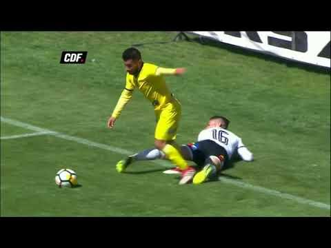 شاهد أغرب ضربة جزاء يحتسبها حكم في الدوري التشيلي الممتاز