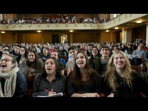السعادة مادة دراسية في جامعة ييل الأميركية