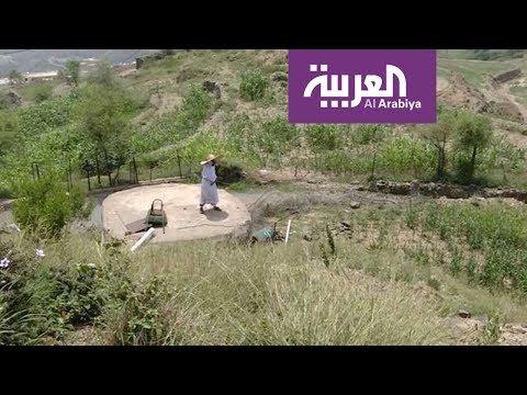شاهد لقطات حيَّة من جبال قرية رجال ألمع وأهلها تستقبل الزائرين