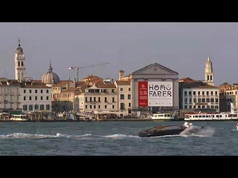شاهد  معرض هومو فيبر لإبراز قيمة اليد البشرية في إيطاليا