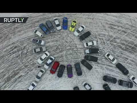 طريقة خاصة للتعبير عن الحب بالسيارات