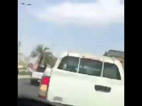 سائق يتعرض لحادث تصادم مروع بسبب انشغاله في الموبايل