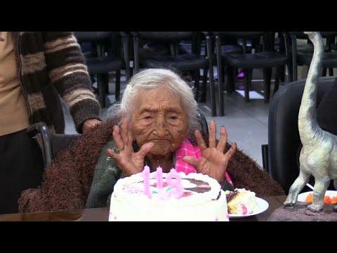أقدم معمرة في العالم تحتفل بعيد ميلادها الـ118 في بوليفيا