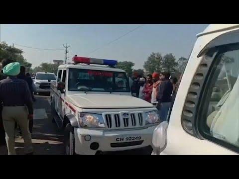 شاهد مقتل ثلاثة وإصابة نحو 20 شخصًا بهجوم على تجمع ديني في الهند