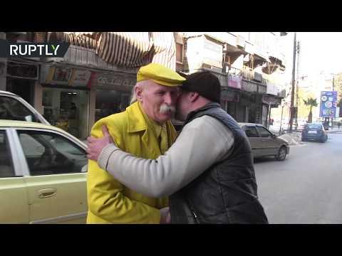 شاهدرجل حلب الأصفر يطمح بدخول غينيس