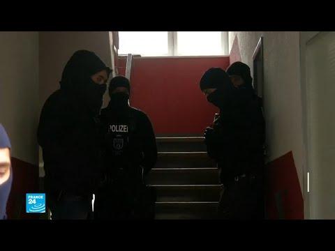 شاهد توقيف 3 سوريين في ألمانيا وفرنسا يشتبه بارتكابهم جرائم ضد الإنسانية