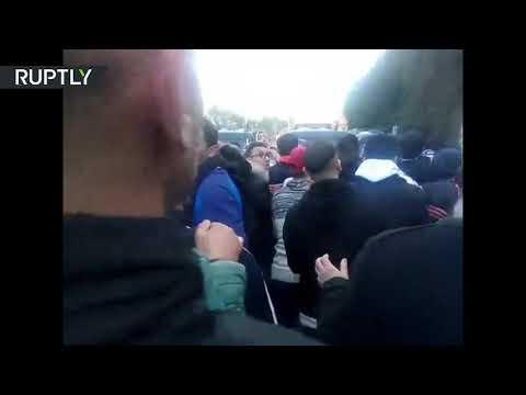 شاهد مظاهرات في الجزائر ضد ترشح الرئيس بوتفليقة لولاية خامسة