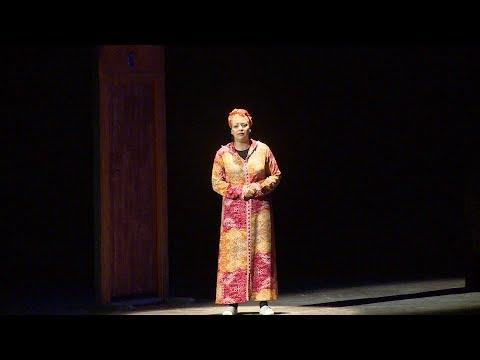 شاهد العرض الأول لمسرحية رحمة المهداة لنساء المغرب