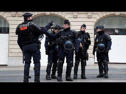 شاهد انضمام الجيش الفرنسي إلى الشرطة لمواجهة احتجاجات السترات الصفراء