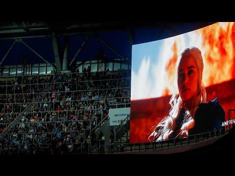 شاهد الآلاف يشاهدون ختام جيم أوف ثرونز