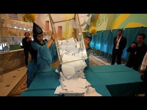 النتائج الأولية تؤكد فوز توكاييف في انتخابات كازاخستان بنسبة 71